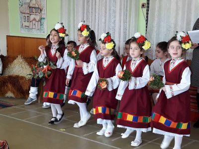 "Пролетен празник ""От Лазаровден, Цветница до Великден""  - Изображение 1"